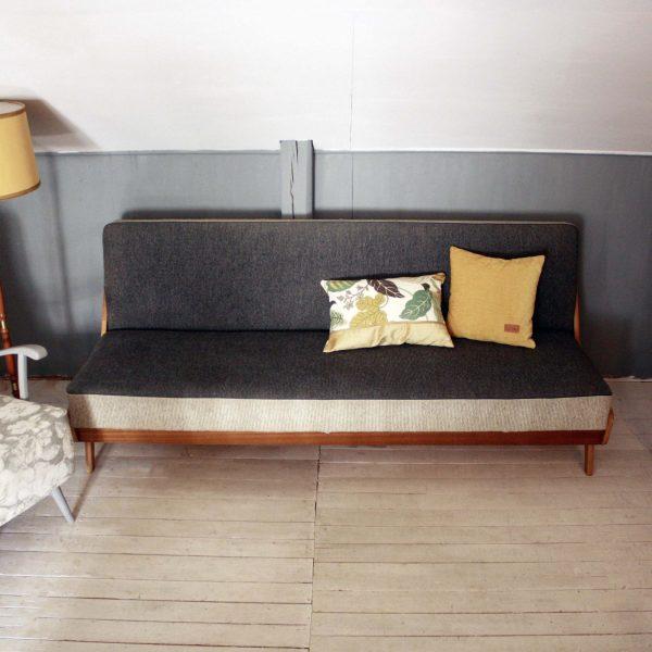Helhetsbild av soffan